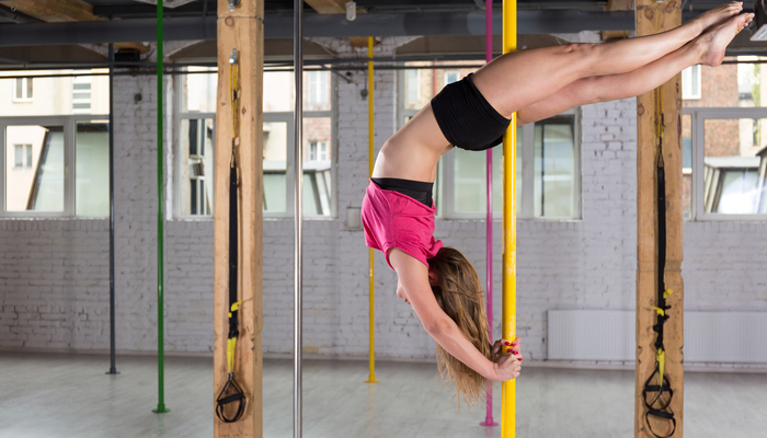 Xperience thumb responsive land pole dancing