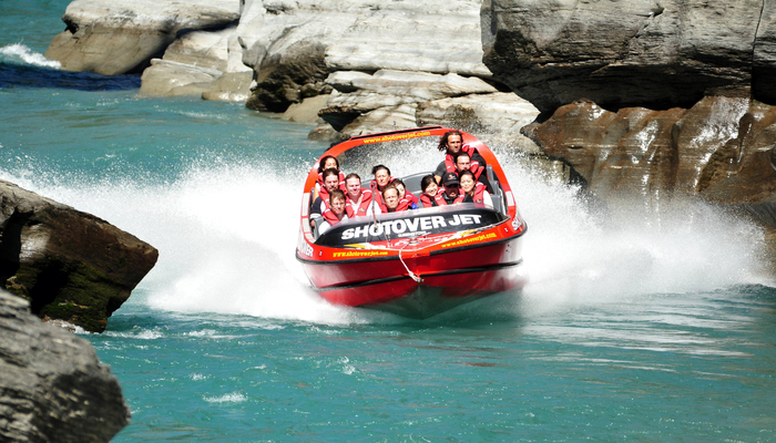Xperience thumb responsive water jet boating